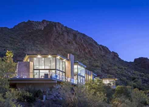 Luxury house on hill in Scottsdale. Residential window cleaning.