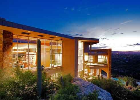 Luxurious two story home on the side of a mountain. Residential window cleaning.